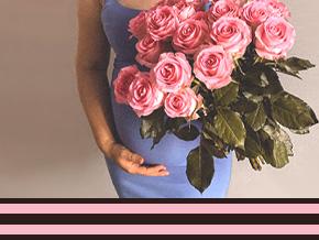 Bloemen bij een geboorte